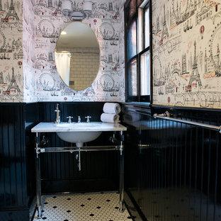 Foto di una stanza da bagno classica con lavabo sottopiano