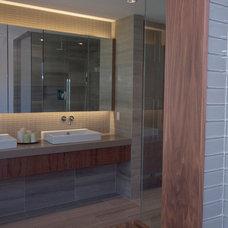 Contemporary Bathroom by oomph design inc.
