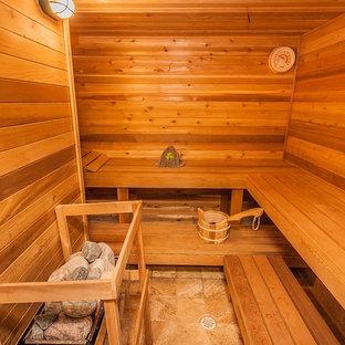 Ispirazione per una grande sauna chic con pareti marroni e pavimento con piastrelle in ceramica