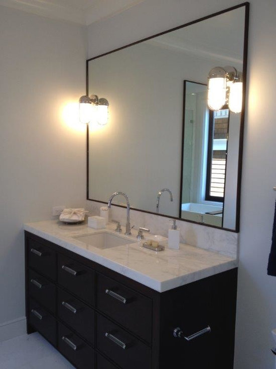 bathroom design ideas, remodels & photos with marble floors and