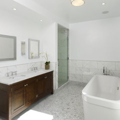 contemporary bathroom by Horrigan O'Malley Architects