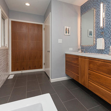 Pull & Replace Bathroom Remodel in West Des Moines - 2017