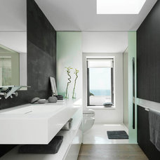 Contemporary Bathroom by Susanna Cots