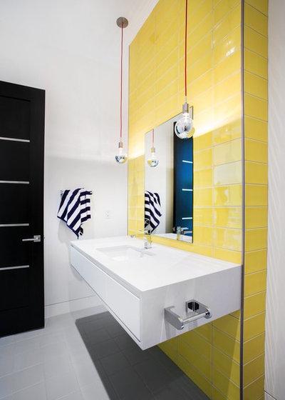 Contemporaneo Stanza da Bagno by Jaffa Group Design Build