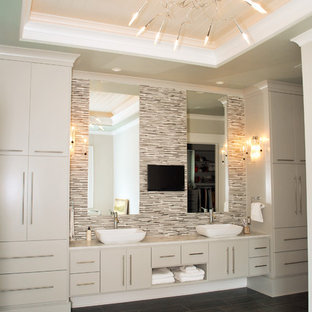 Photo of a beach style bathroom in Charleston with a vessel sink.