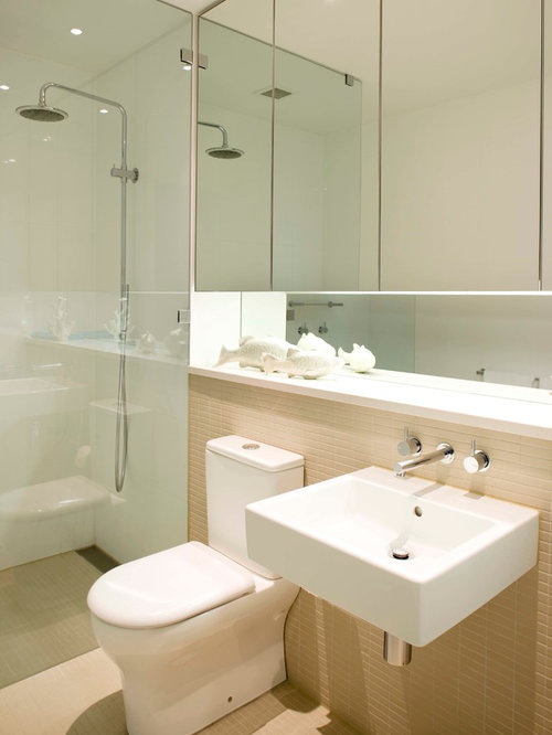 Small ensuite bathroom ideas houzz for Contemporary ensuite bathroom design ideas