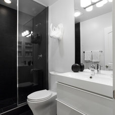 Contemporary Bathroom by Popp Littrell Architecture + Interiors