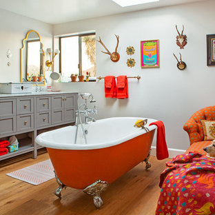 75 Beautiful Eclectic Bathroom Pictures Ideas January 2021 Houzz