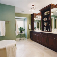 Traditional Bathroom by d+b kitchen design concepts