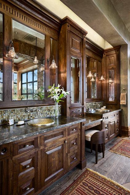 Rustic Bathroom by Locati Architects