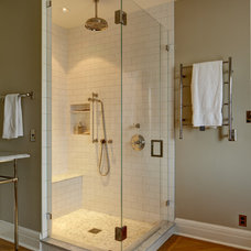 Traditional Bathroom by Blue Sound Construction, Inc.