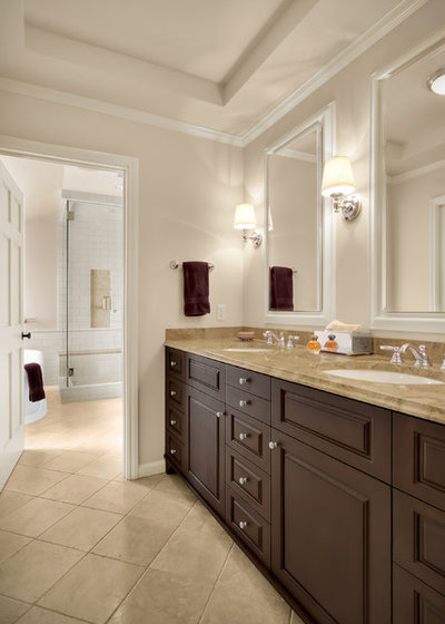 American Traditional Bathroom by Michael Knowles, Architect