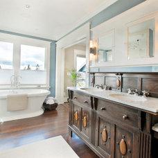 Traditional Bathroom by Carlisle Classic Homes