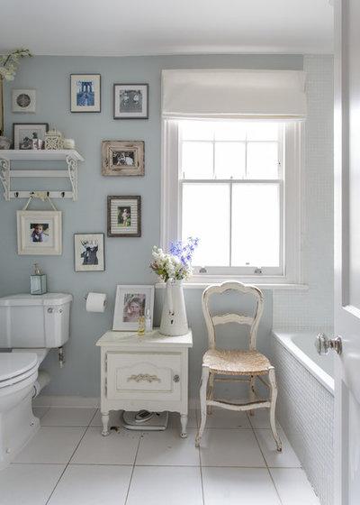Shabby-chic Style Bathroom by Honey Bee Interiors