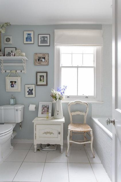 Traditional Bathroom by Honey Bee Interiors