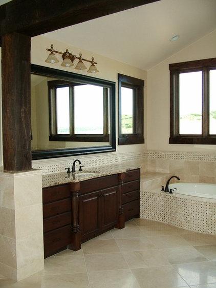 Traditional Bathroom by Kelly Cross