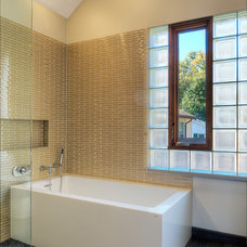 modern bathroom by Randall Mars Architects