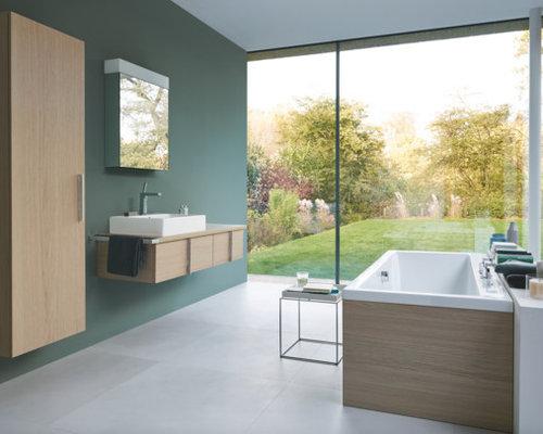 Salle de bain scandinave avec un mur vert : Photos et idées déco ...