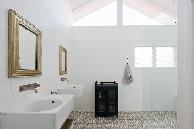 コンテンポラリー 浴室 by Nadine Nakache Design