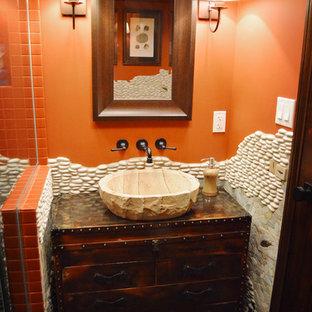 Bild på ett eklektiskt badrum