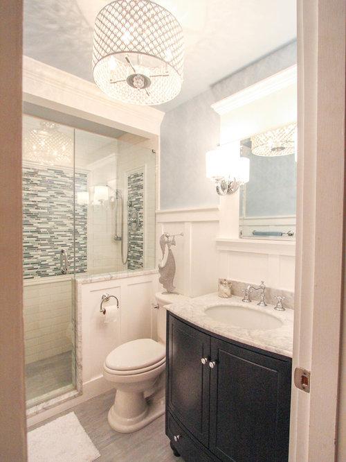 kleine badezimmer mit travertin design ideen beispiele. Black Bedroom Furniture Sets. Home Design Ideas
