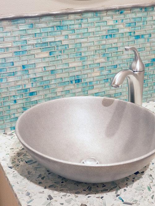 badezimmer mit terrazzo waschbecken waschtisch und. Black Bedroom Furniture Sets. Home Design Ideas
