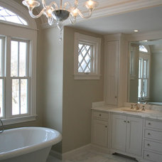 Traditional Bathroom by Red Barn Studio