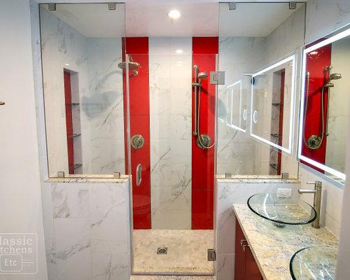 Stanza da bagno con piastrelle rosse e piastrelle in pietra foto idee arredamento - Piastrelle bagno rosse ...