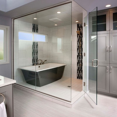Example of a large transitional master porcelain tile and white tile porcelain tile bathroom design in Seattle with an undermount sink, shaker cabinets, gray cabinets, quartz countertops and gray walls