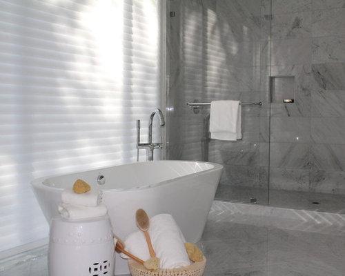 Mittelgroße Klassische Badezimmer Ideen En Suite Mit Schrankfronten Im  Shaker Stil, Weißen Schränken