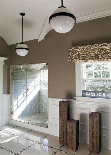 Contemporary Bathroom by Robin Pelissier Interior Design & Robin's Nest