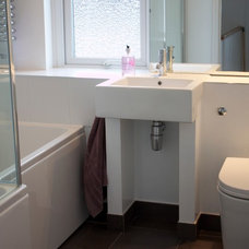 Modern Bathroom by Oasys Property Solutions