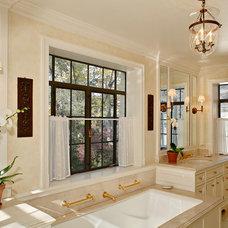Traditional Bathroom by Reginald L. Thomas Architect LLC.