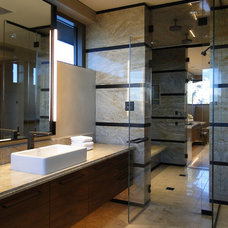 Modern Bathroom by David J. Wade Inc, Architect