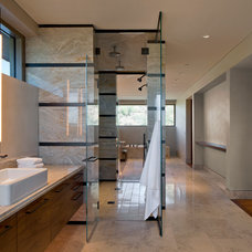 Contemporary Bathroom by David J. Wade Inc, Architect