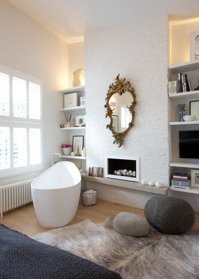 Современный Ванная комната by Clifton SMR