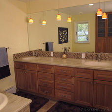 Contemporary Bathroom by Grayling Construction