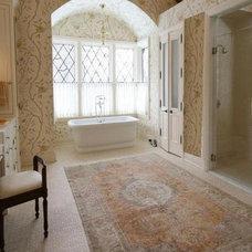 Traditional Bathroom Relaxing Tub