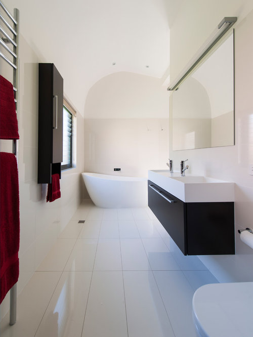 Lovely Inspiration For A Large Contemporary Master White Tile And Porcelain Tile  Ceramic Floor And White Floor Part 24