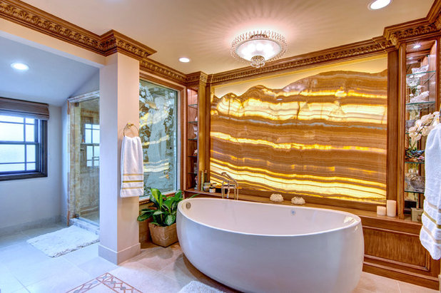 Tropical Bathroom by Hartung Construction, Inc.