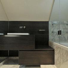 Contemporary Bathroom by Chantel Elshout Design Consultancy