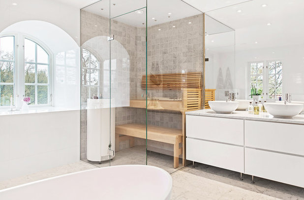 Minimalistisch Badezimmer by Skeppsholmen Sotheby's International Realty