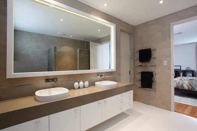 Contemporary Bathroom by Natasha Fowler Design Solutions (NFDS)