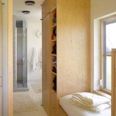Farmhouse Bathroom by Pill - Maharam Architects