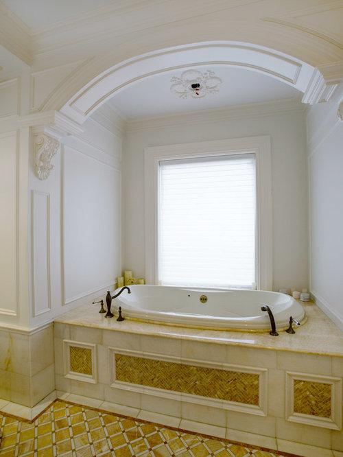 Grey bathroom design ideas renovations photos with red for Bathroom ideas with red walls