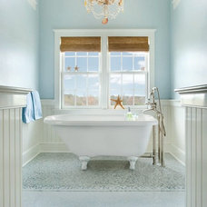 Traditional Bathroom by Aquatic