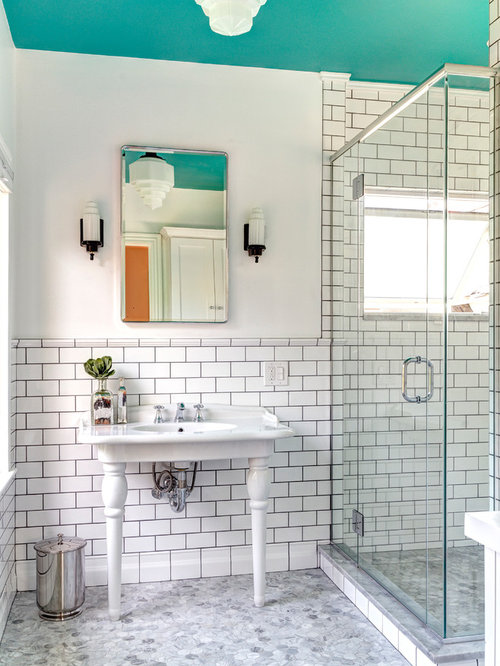 Retro bathroom houzz for Retro bathroom designs