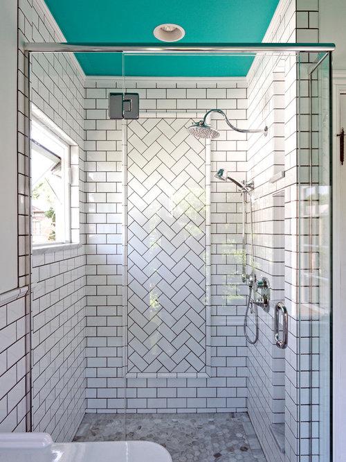 Vertical subway tile