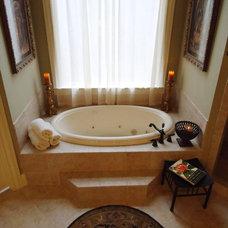 Eclectic Bathroom rgauntlett