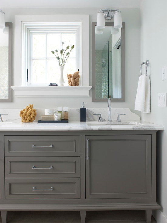taupe & grey bathroom design ideas, remodels & photos